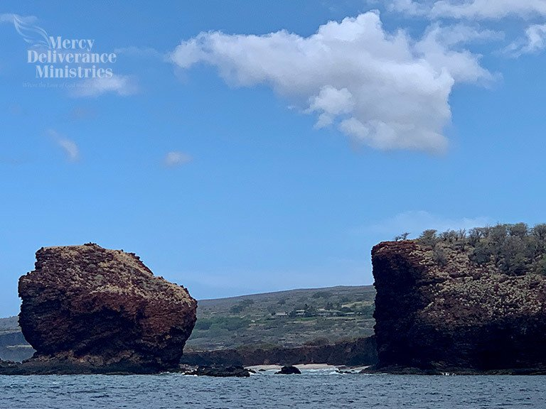 Puʻupehe Platform In Manele Bay, Hawaii
